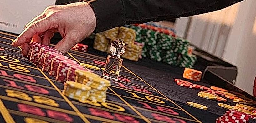 roulette game table
